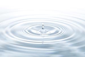 ヒアルロン酸は水分をたっぷりと蓄えられるため、保湿成分として有効